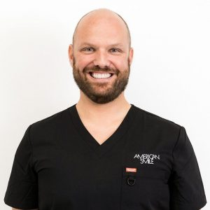 Dr. Steffen Decker a Dentist in London